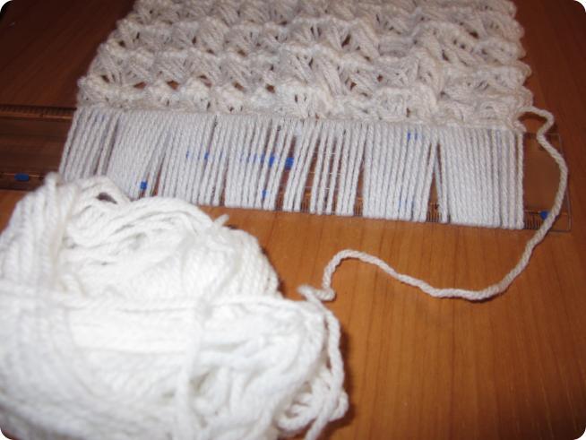 Как связать шарф с помощью линейки и