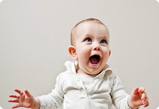 Как помочь малышу начать говорить?